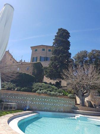 Monterado, Italie : IMG-20180402-WA0010_large.jpg