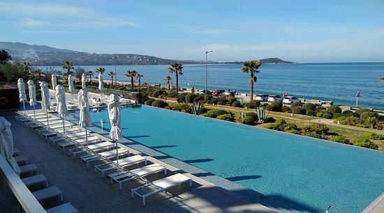 Radisson Blu Resort & Spa, Ajaccio Bay : IMG_20180402_101451_large.jpg