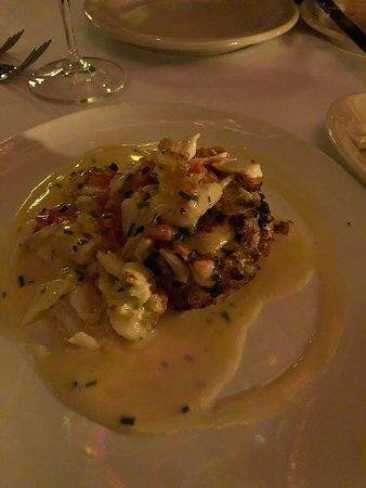 Vic & Anthony's Steakhouse : Jumbo Lump Crab Cake