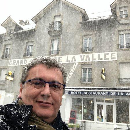 Hotel de la Vallee: photo0.jpg