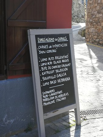 Arties, สเปน: Exterior