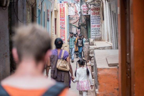 Narrow Streets | Varanasi | Article factory