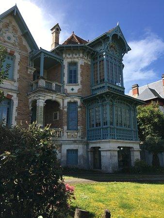 Winter town ville dhiver très belle maison