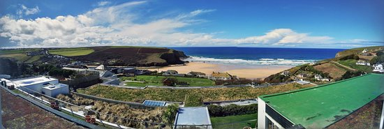 Bedruthan Hotel & Spa: View in the afternoon
