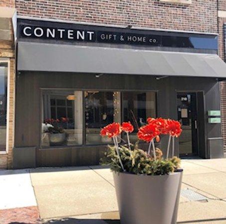 LaSalle, Илинойс: storefront view.