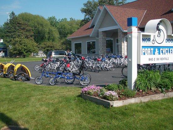 Egg Harbor, Wisconsin: getlstd_property_photo