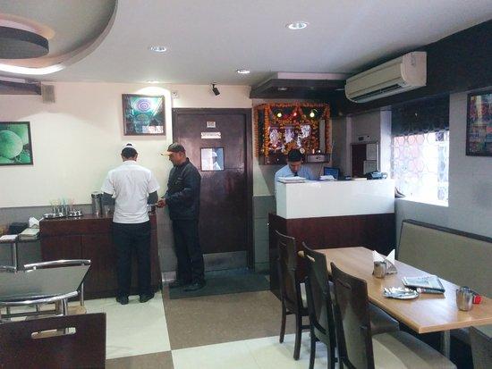 Sagar Ratna: Billing counter