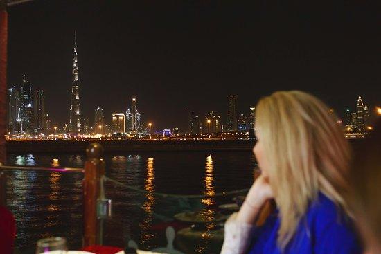 Al Faris Floating Restaurant Amazon Tours Dubai Aktuelle 2019