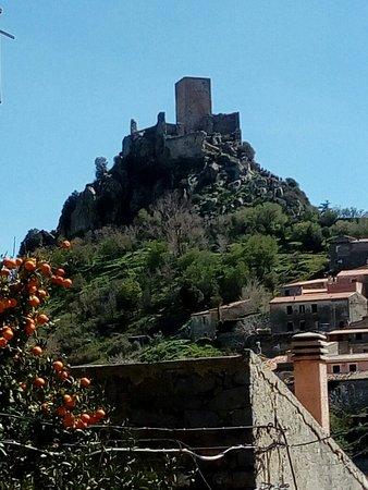 Castello del Goceano: IMG_20180402_141510_large.jpg