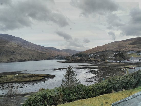 Portfinn Lodge : View from our window