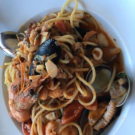 Eichenau b Muenchen, Alemanha: Spaghetti fruti di Mare
