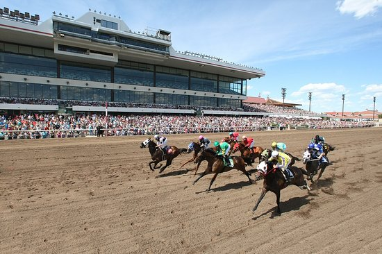 Shakopee, MN : Live racing at Canterbury Park