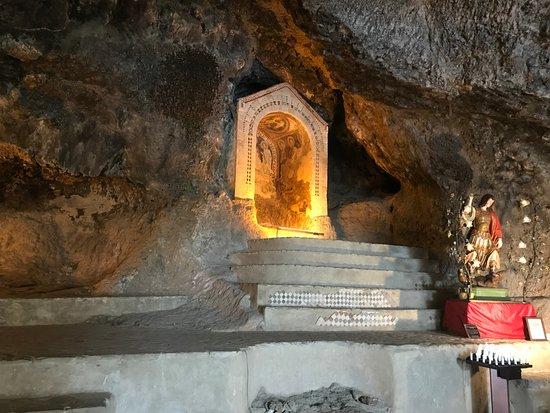 Монтеккьо-Баньи, Италия: Grotta di San Michele