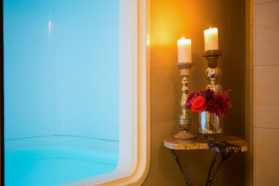 The Lodge at Woodloch: Float Therapy Tank