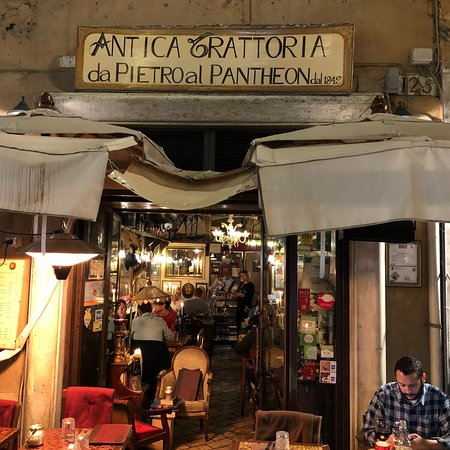 Ristorante pietro al pantheon in roma con cucina cucina - Cucina romana roma ...