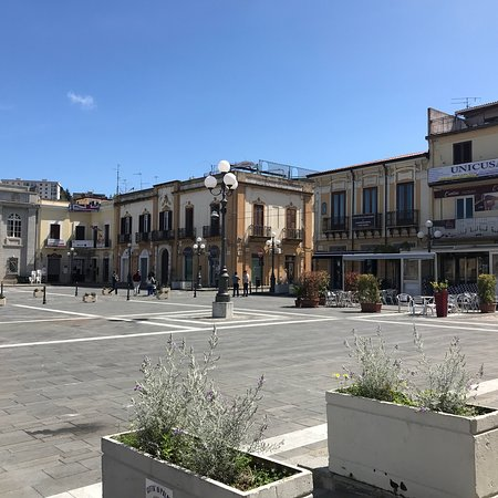 Piazza I Maggio: photo1.jpg