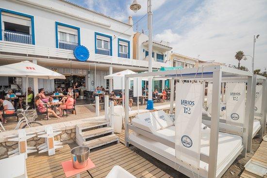 Hotel La Chancla y las balinesas que pueden disfrutar los clientes en verano.