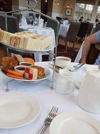 Losehill House Hotel & Spa: 20180402_215922_large.jpg