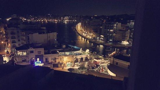 Argento Hotel: Vue de ma chambre sur le port et la mer