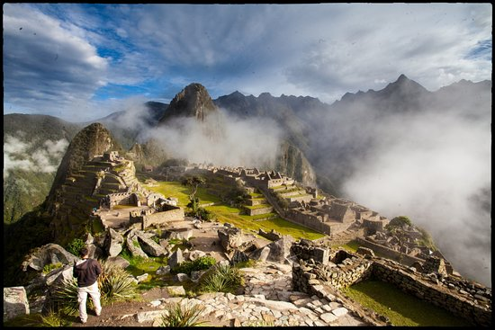 Ayni Peru Tours