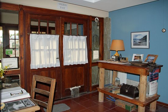 Rio Tarde Casa Patagonica: Eingang und Rezeption