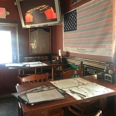 Salisbury Mills, NY: Loughran's Irish Pub