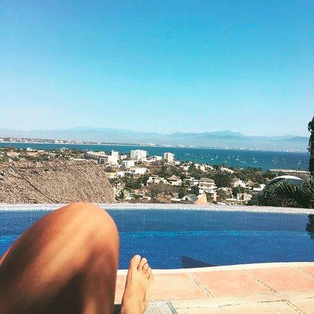 Villa Bella Bed and Breakfast Inn: Vista desde la alberca