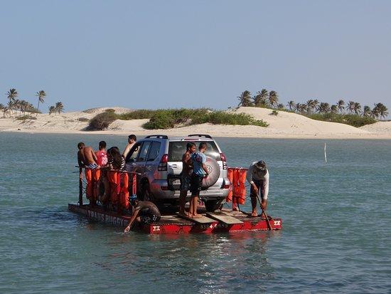 Aguas Belas: Travessia de balsa através do Rio Malcozinhado