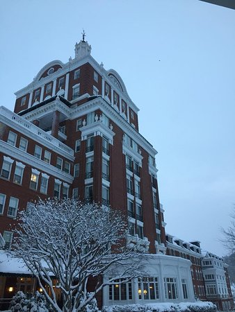 Hot Springs, VA: Fresh snow