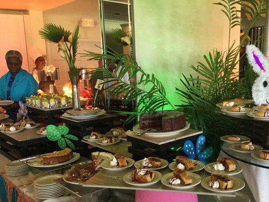 Miami Shores, Floride: Dessert buffet