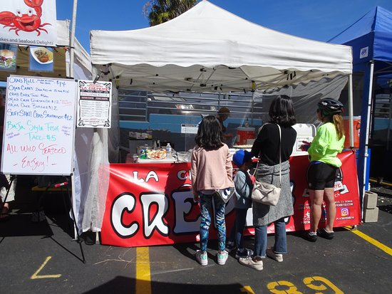Solana Beach, Καλιφόρνια: Crepe booth doing a great amount of business