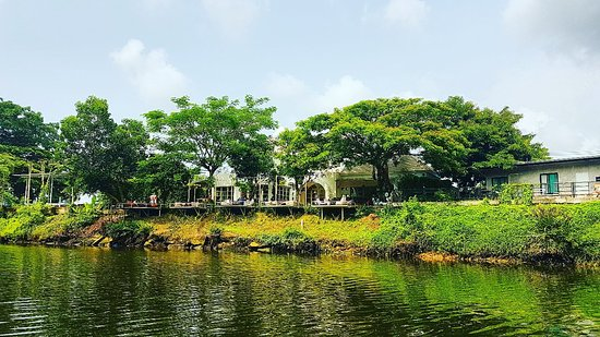 Tamajun Hotel: Chanthaburi River Cruise