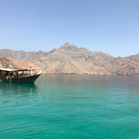 Day trip on dhow