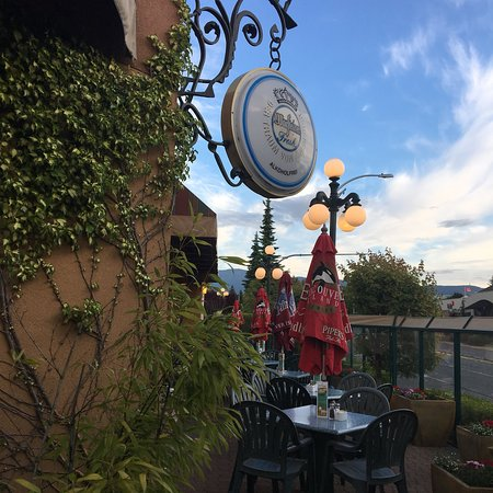 Milano's Ristorante: Patio season at Milanos is almost here!