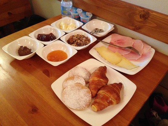 Gignese, Italie : Breakfast