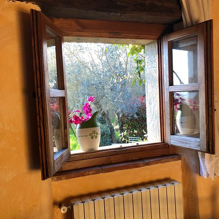 Borgo Dolci Colline: photo1.jpg