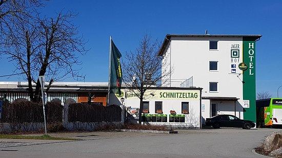 Jägerhof: 20180402_104306_large.jpg