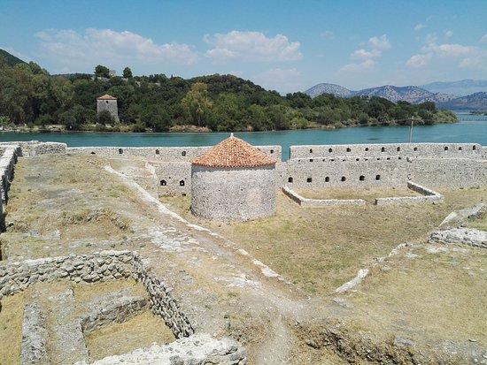 Butrint, Arnavutluk: Xarre, torrione, castello roccaforte