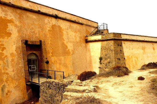 Porto Covo, Portugal: Forte Pessegueiro