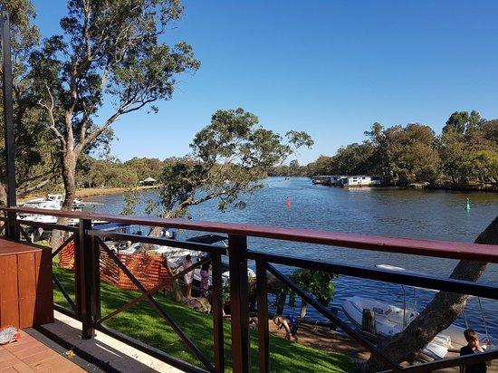 Ravenswood, Αυστραλία: 20180401_144807_large.jpg