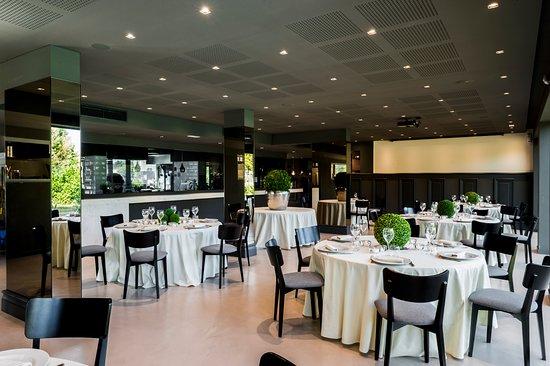 Rondissone, Italy: Sala spaziosa ma intima per passare una serata in piacevole compagnia