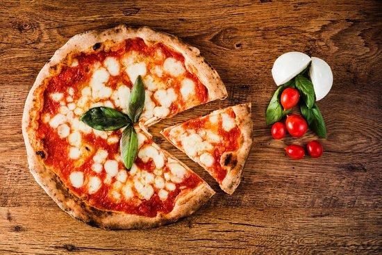 Rondissone, Italy: La pizza come da vera tradizione Napoletana