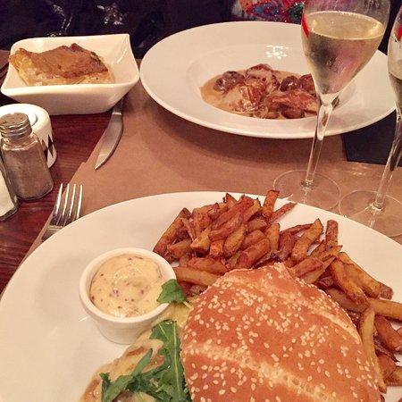 Restaurant les pieds dans le plat dans orleans avec for Plat cuisine francaise