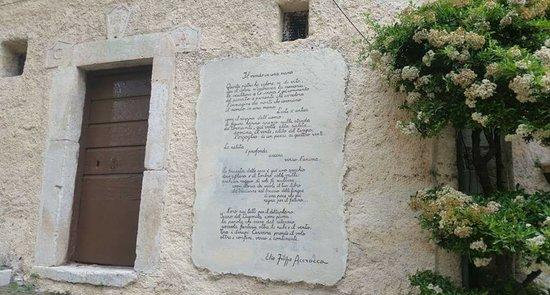 Cervara di Roma, Italia: Arte e poesia