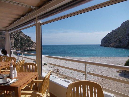 Playa La Granadella : Reserve your table at 'Sur Restaurante' Granadella Playa