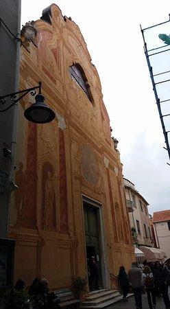 Spotorno, Itálie: Esterno chiesa