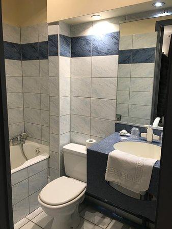Hotel des Falaises : il bagno