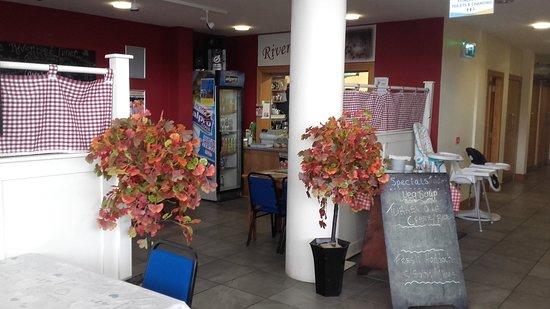 Pettigo, Ireland: Riverbank Diner