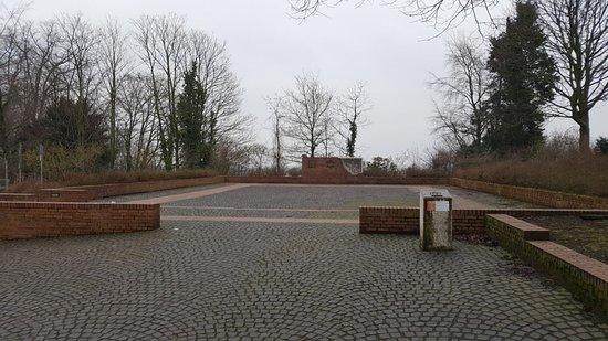 Synagogenplatz