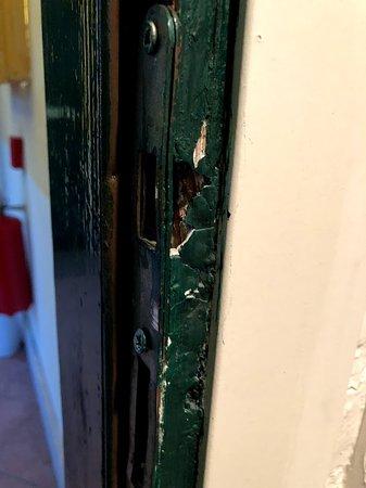 Eurogarden: Lock on the door room